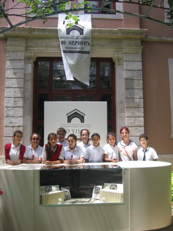 Surp pırgiç ermeni hastanesi nin düzenlediği osmanlıdan